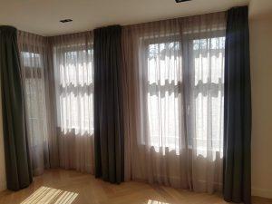 Raamdecoratie gordijnen op maat en vitrage
