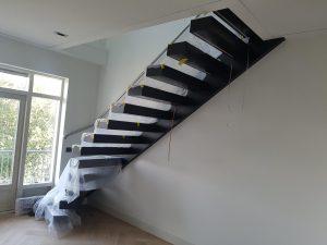 Nieuw trap is geplaatst