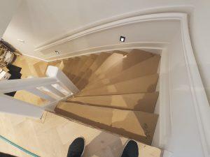 Bouchmal aan het werk renoveren trap